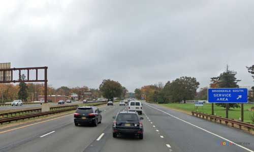 nj gsp new jersey garden state parkway brookdale north service plaza southbound mile marker 153 off ramp exit