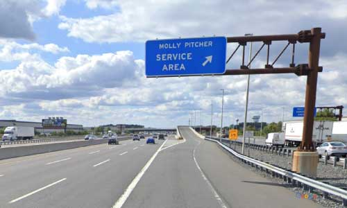 nj new jersey turnpike molly pitcher service plaza southbound mile marker 71 off ramp exit
